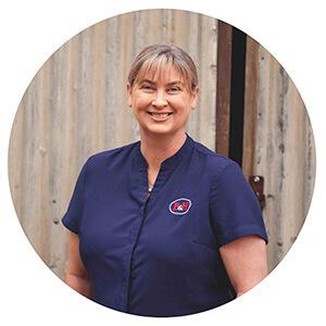 Spencer & Bennett insurance team Kristy Eglinton